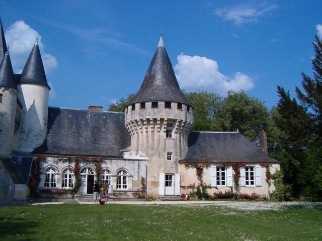 Chateau de Javarzay in nearby Chef-Boutonne