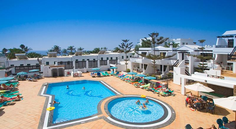 Club Oceano heated pools