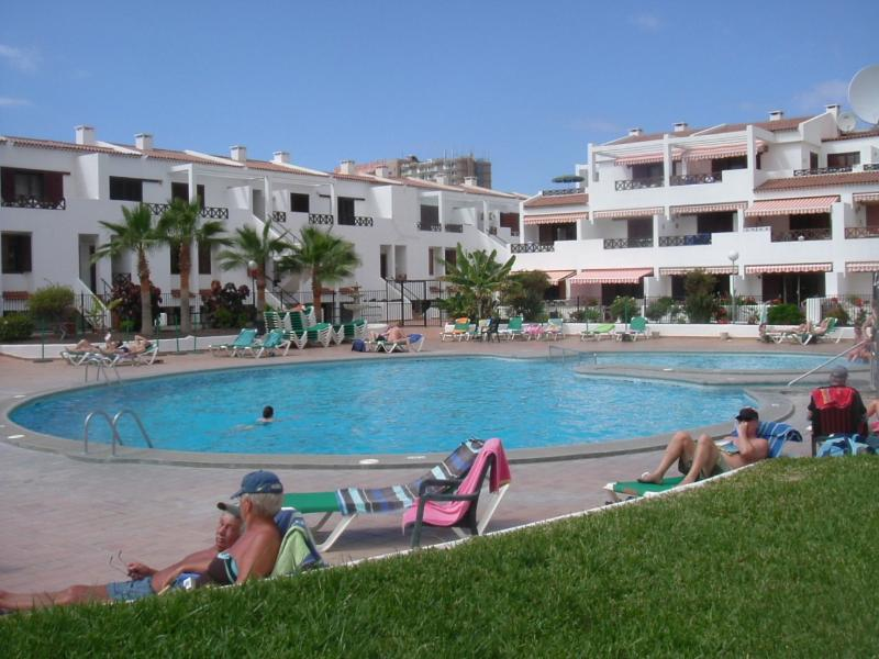 Why not just relax all day,with a coffee ,glass of  wine/beer with lunch from the pool bar.