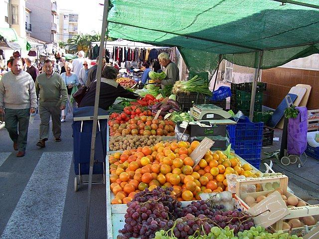 One of many markets in the area
