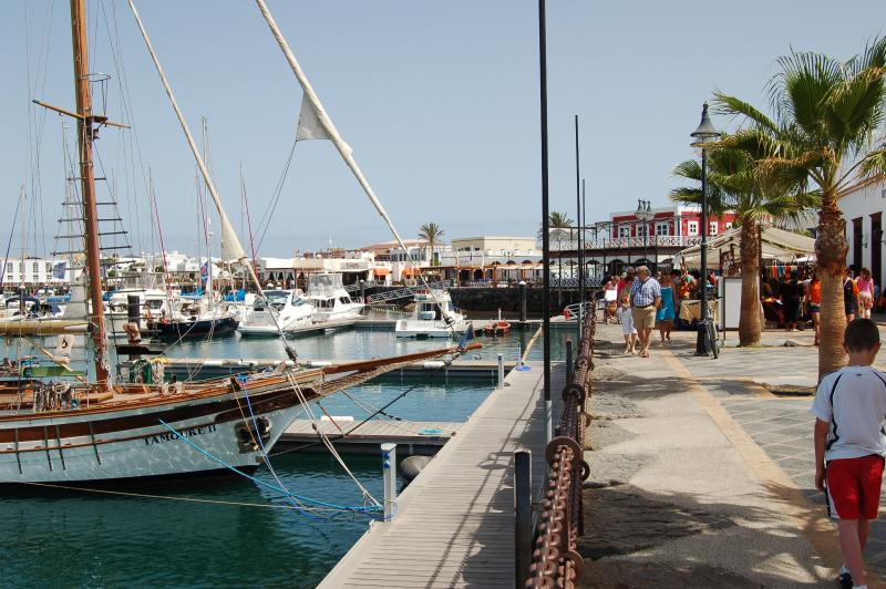 Playa Blanca Marina Market Day
