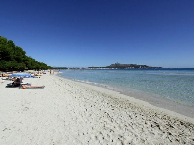 Entorno/Localidad - la playa mas larga de Mallorca