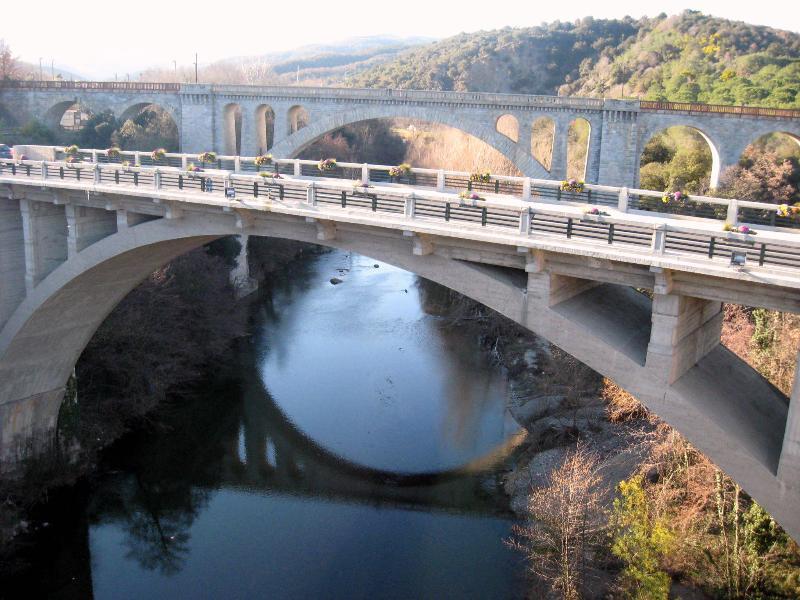 l'antico ponte di Ceret