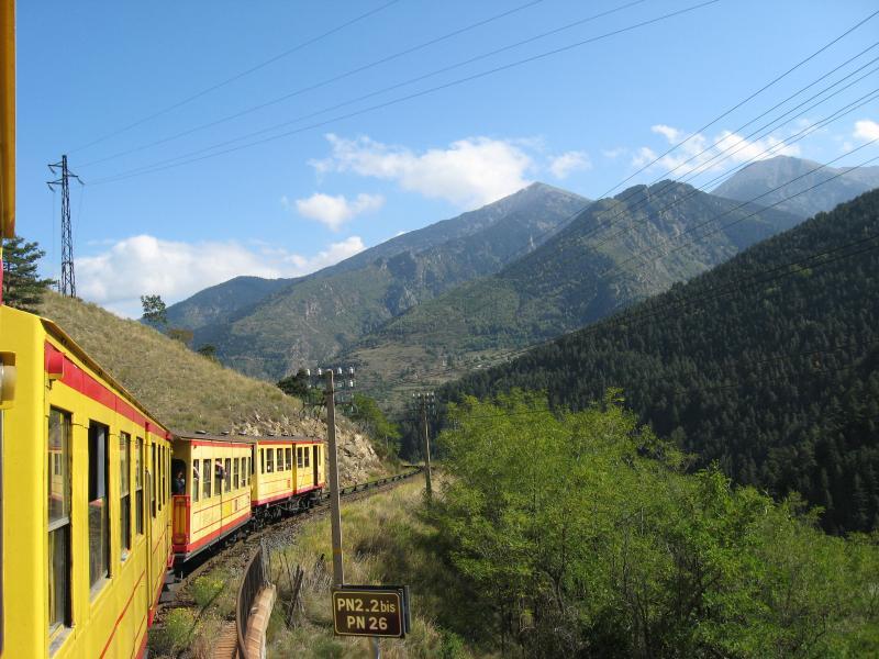 viaggio sul treno giallo