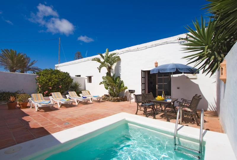 La Tienda con piscina privada, holiday rental in Tiagua