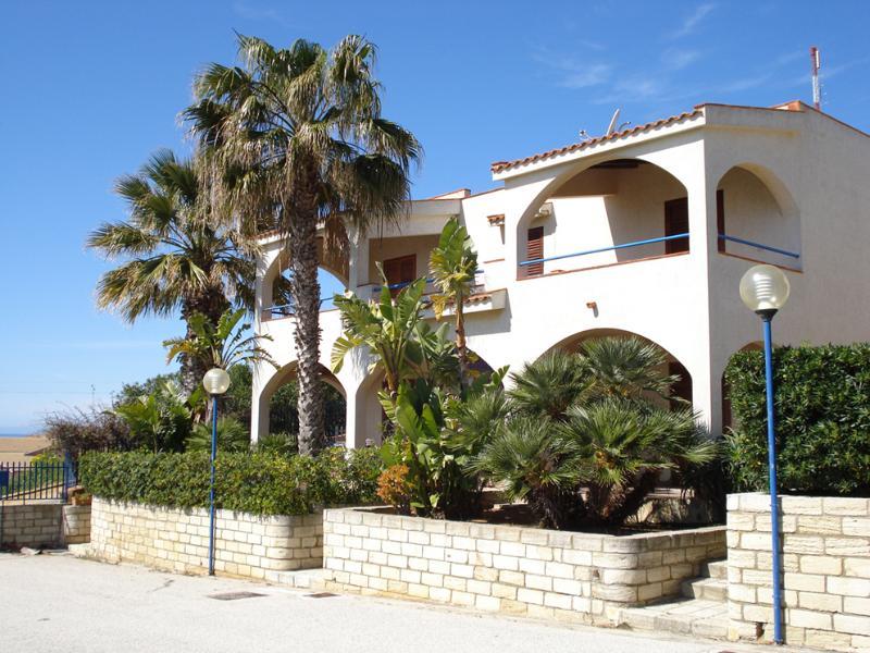 Prospetto. appartamento fronte mare capo san marco Sciacca Sicilia sud occidentale costa meridionale