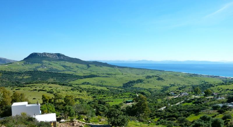 on  Sierra Plata by the magnificent Bolonia beach, holiday rental in Bolonia
