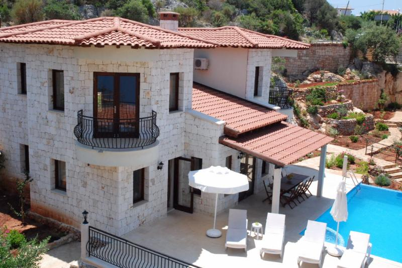 Villa Dunya Poolside