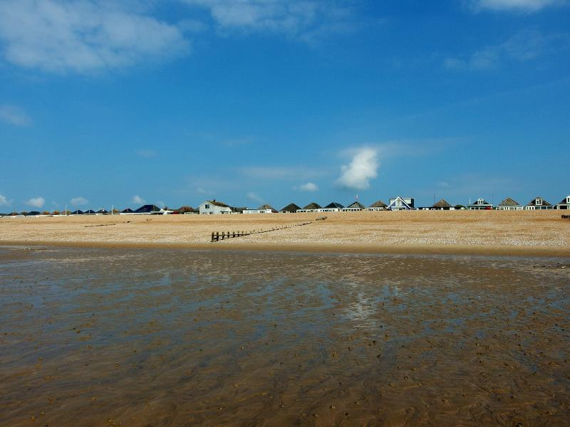 On The Beach, Dog Friendly., holiday rental in Pevensey