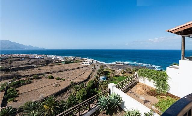 House in Agaete (Gran Canaria) over natural pools, vacation rental in Gran Canaria
