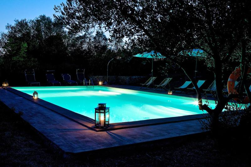 Country villa where Tuscany and Umbria meet, vacation rental in Agello