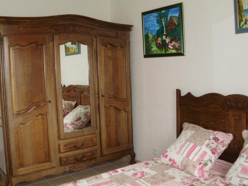 Chambre d'hote  bed and breakfast, alquiler vacacional en Le Dezert