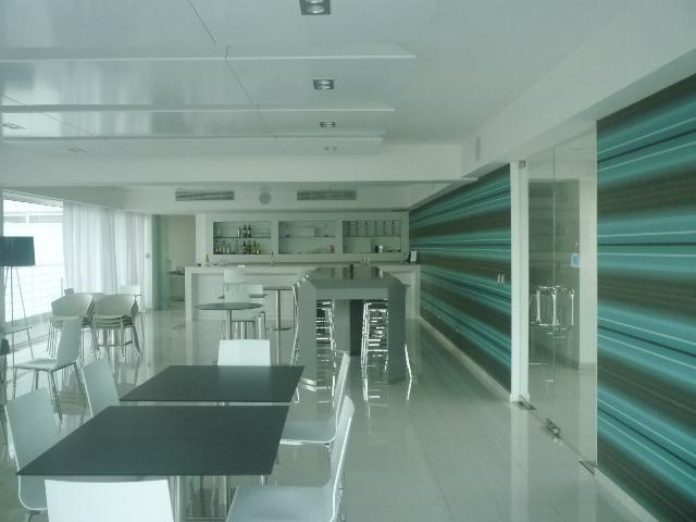 Restaurant, Bar and lounge