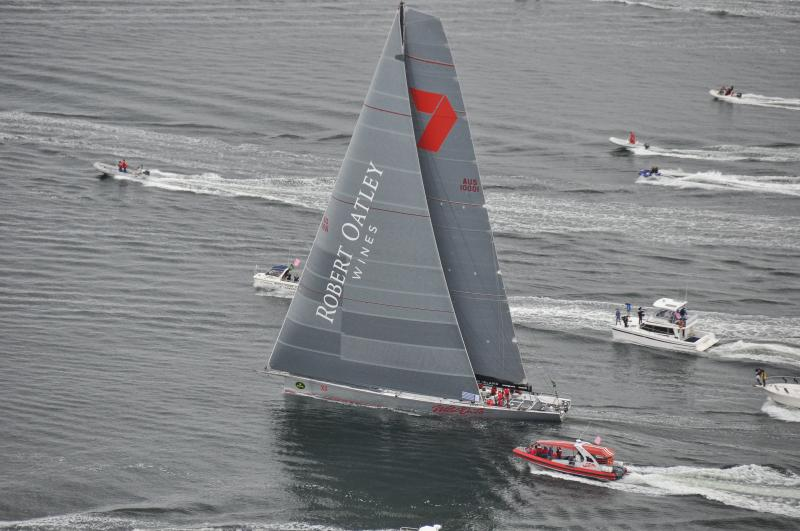 Wild Oates takes line honours in the world renowned Sydney to Hobart yacht race