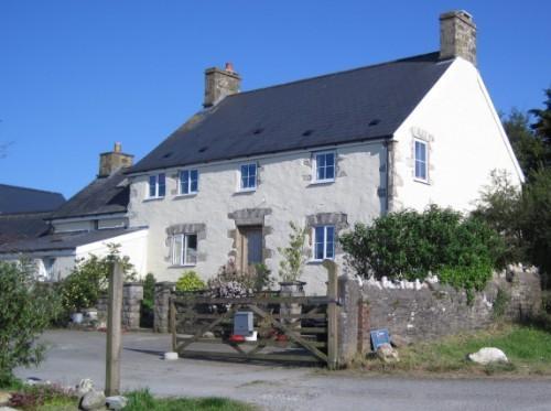 The old farmhouse at Ffrwdwenith Isaf