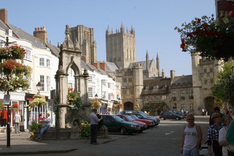 Market Square-Wells