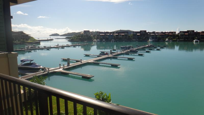 Island View Apartment, holiday rental in Anse Etoile