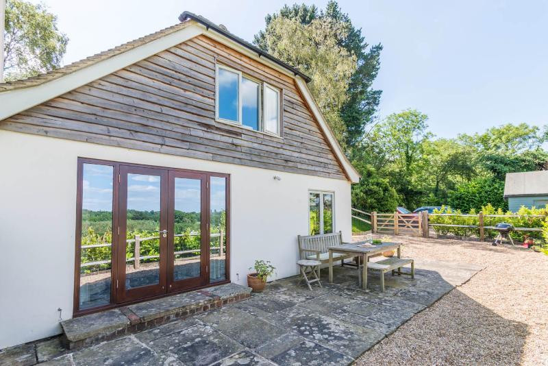Charming cottage in quiet location in the heart of the South Downs, Midhurst