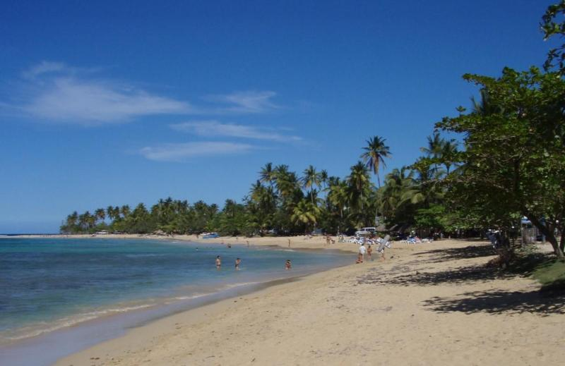 One of the beaches a few minutes from El Torcido