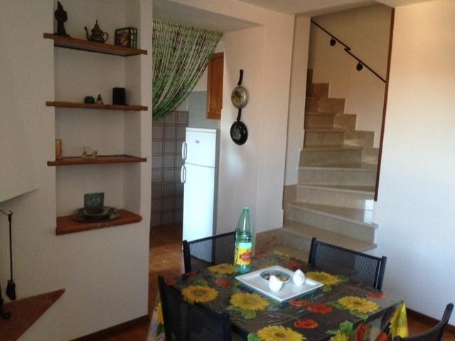 soggiorno e scala interna