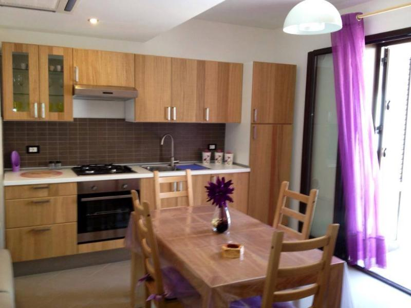 Bright beautiful kitchen fully equiped for every thing you need whilst catering for lartments