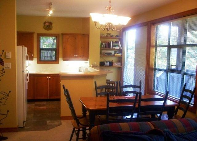 Dining/Kitchen overview