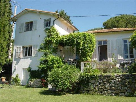 Villa Lavande and gardens
