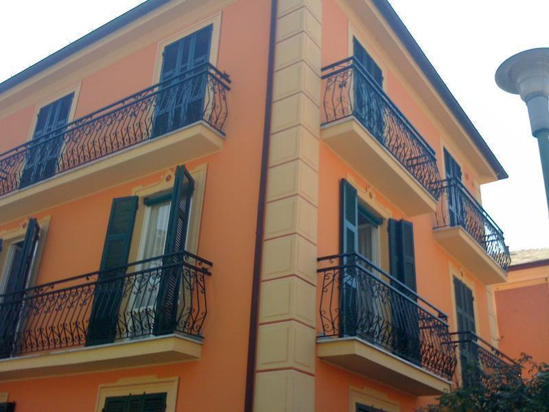 Casa Anna 2: a charming apartment at the second floor of this typical Ligurian house ...