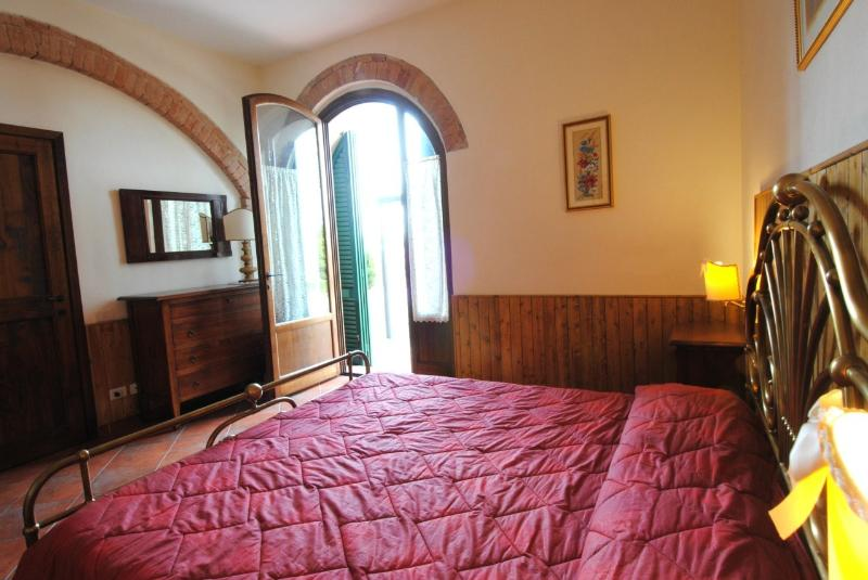 apartment ARCHI 1, vacation rental in San Rocco a Pilli