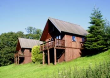 The 2 scandinavian houses