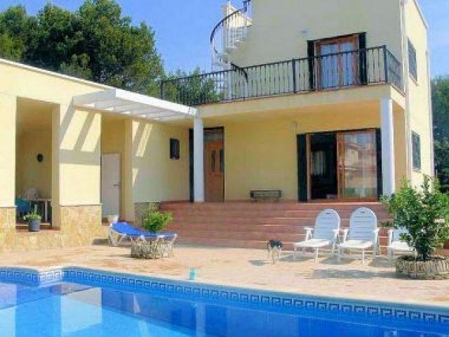 AME452, Chalet independiente 8/9 pers., holiday rental in Terres de l'Ebre