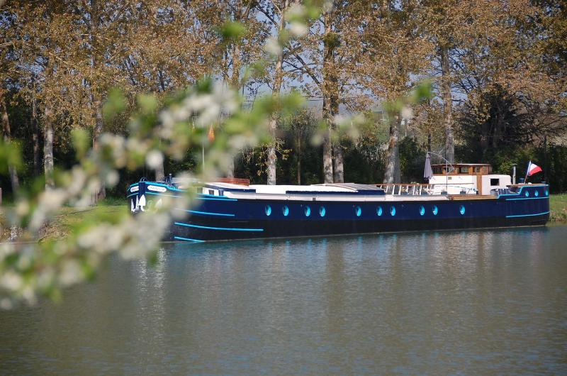 péniche Magnolia, holiday rental in Crugey