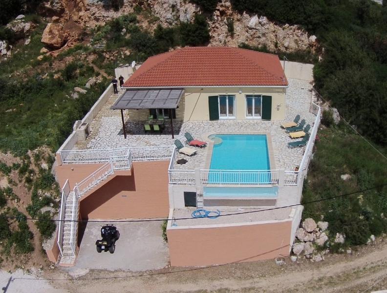 Villa Eros, location de vacances à Atheras