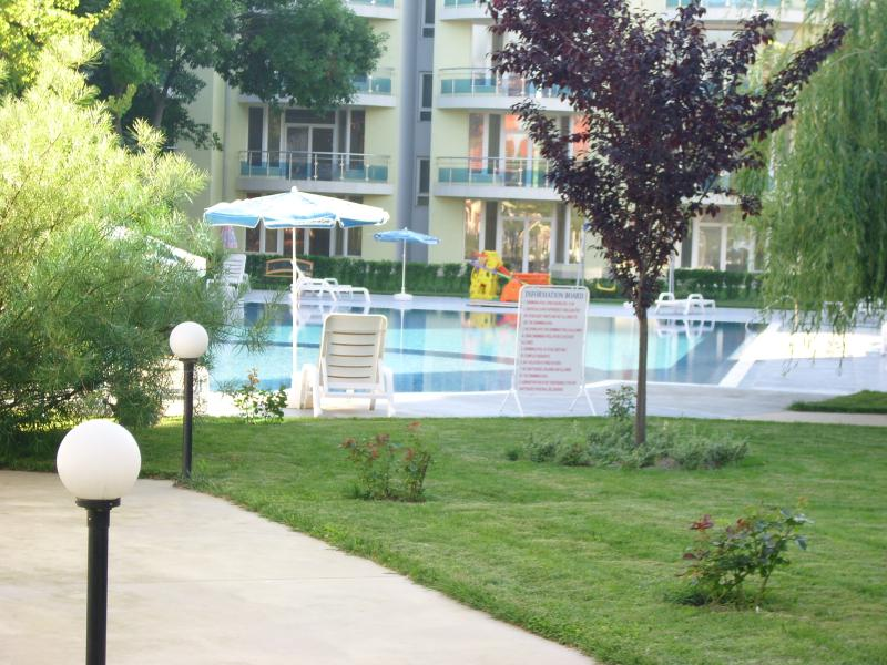 Oasis Apartments, holiday rental in Ravda