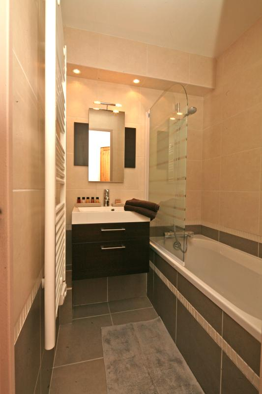 With a newly fitted bathroom and separate toliet