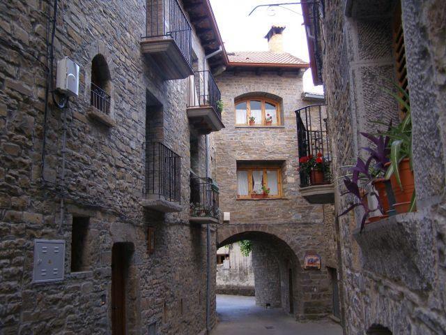 Al lado de Ainsa, y Ordesa, O Trujar casa completa, casa vacanza a Banaston