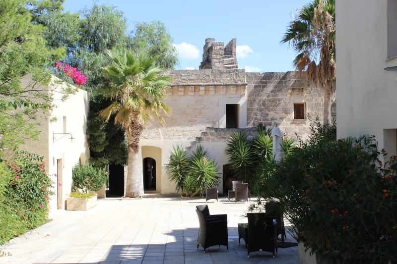 Bilder casa palazziata av 1400