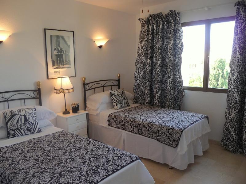 Gavilan Apartment - Twin bedroom