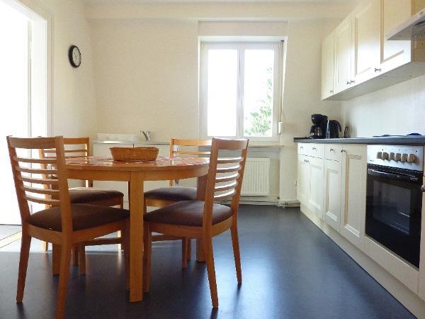 2nd floor kitchen