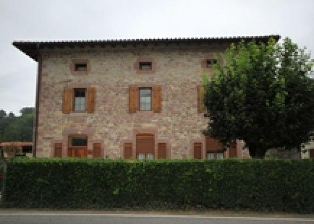 Eskola Zaharra, holiday rental in Oieregi