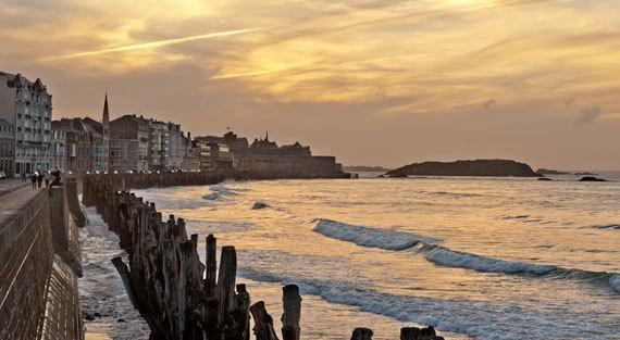 La digue - Saint-Malo