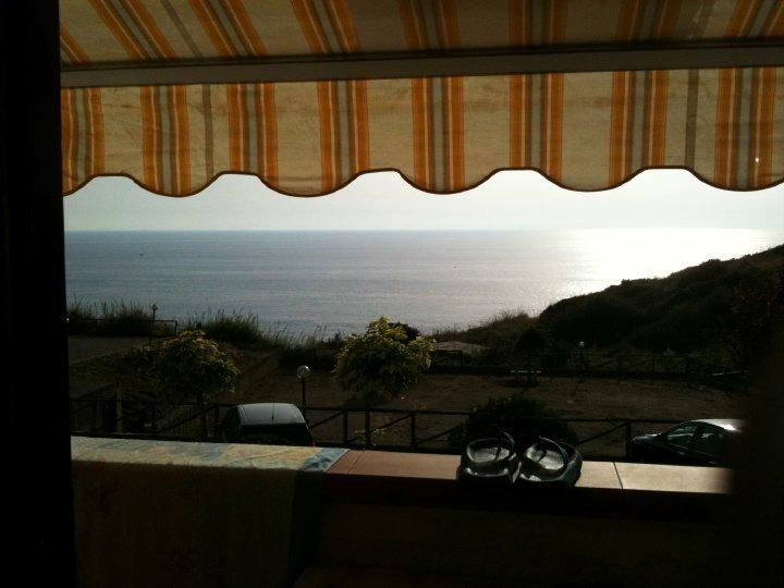 Balcone soggiorno  con vista mare
