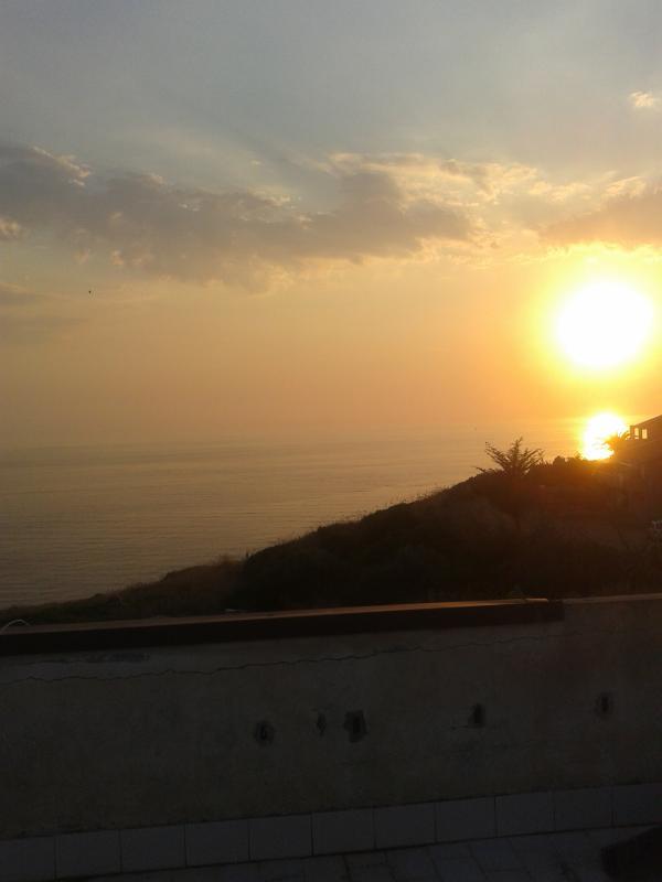 Solarium con vista mare tramonto