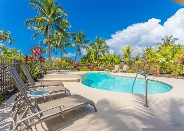 Complex Swimming pool deck
