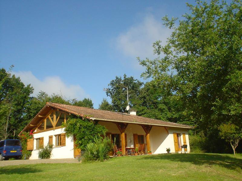 Spacious Well Appointed Property In Beautiful Location With Views of Protected French Countryside