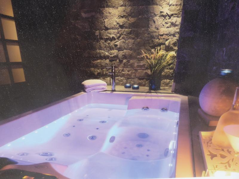 Thalassatherapy room in spa