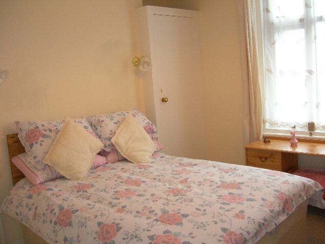 Bedroom 2 sleeps two