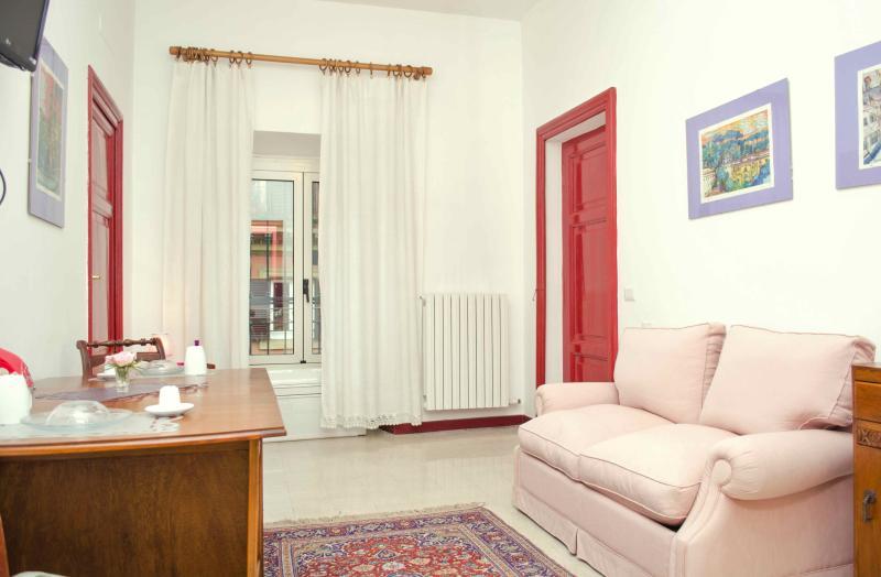 Apt 2/5 pax 'LA BELLA SOSTA (al centro di Roma)', location de vacances à Rome