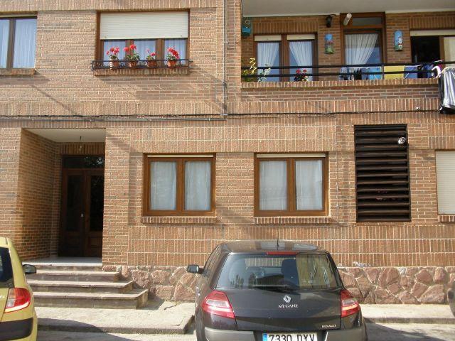 Apartamento centrico en Colomb, vacation rental in Buelna