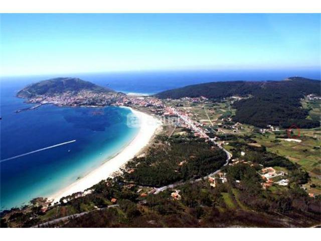 Playa de Langosteira,playa de aguas cristalinas y arenas blancas y finas.Apartamento en 1ªlínea.